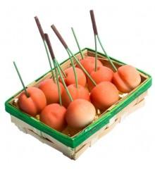 Košíček třešní - marcipánová figurka - pravý marcipán z mandlí